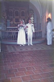 Här är vi alldeles nygifta, på väg ut på livets resa.